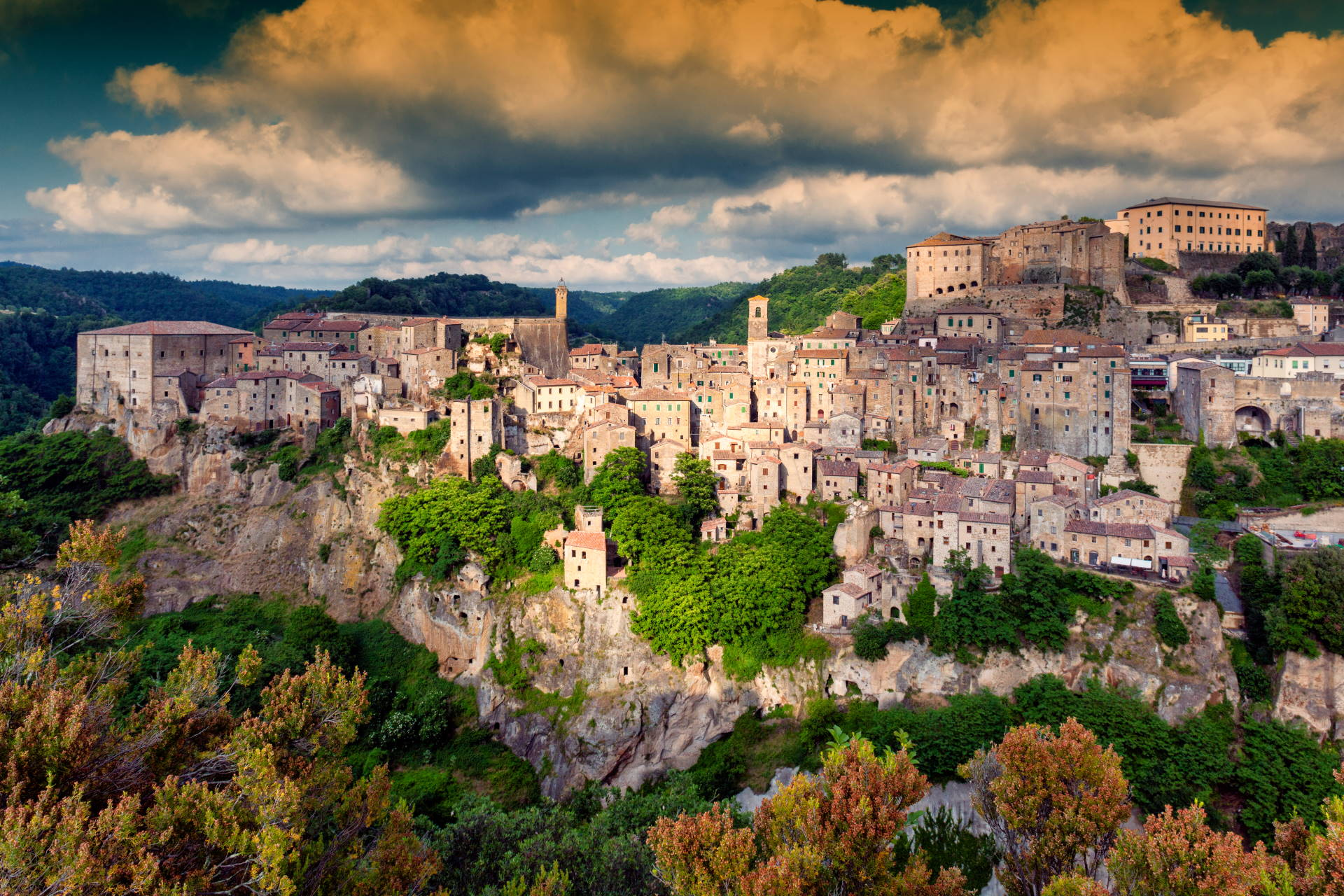 Canva - Village of Sorano